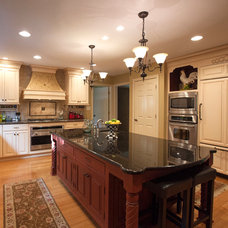 Traditional Kitchen by Greg Spivey Remodeling Inc.