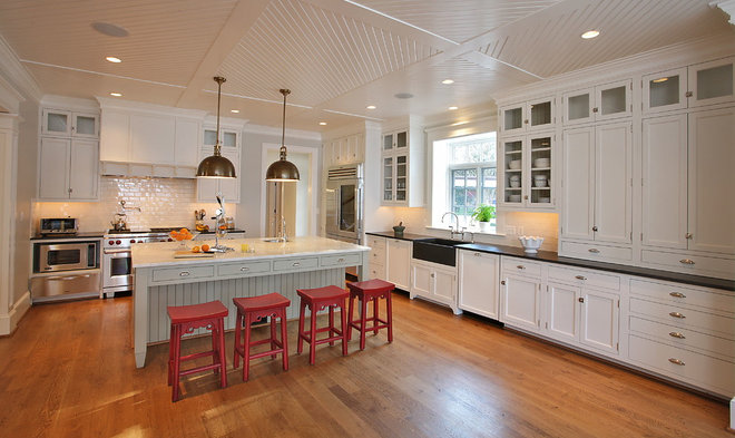 Traditional Kitchen by The Block Builders Group