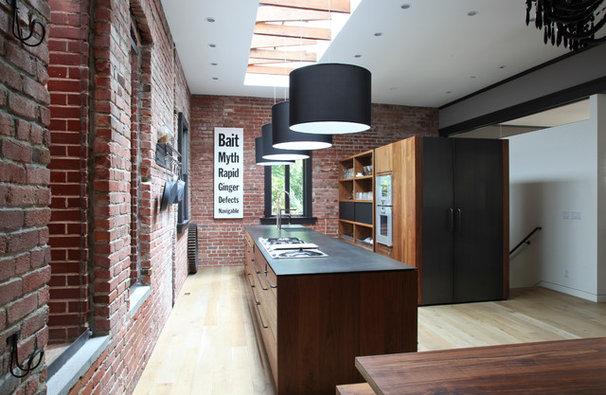 Modern Kitchen by The Last Inch