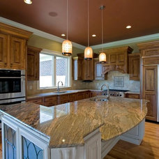 Traditional Kitchen by The Leland Group