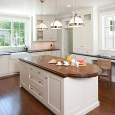 Traditional Kitchen by TruKitchens