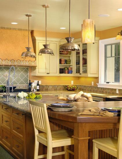 Mediterranean Kitchen by Universal Developing