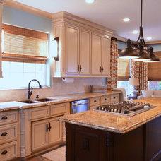 Traditional Kitchen by Sarah Elizabeth Interiors