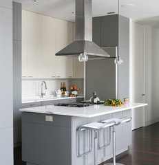 contemporary kitchen by Wettling Architects
