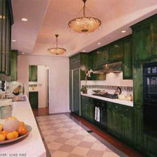 mediterranean kitchen by KIYOHARA & MOFFITT