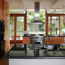 Midcentury Kitchen by Klopf Architecture
