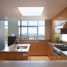 Midcentury Kitchen by Klopf Architecture