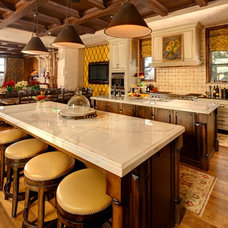 Traditional Kitchen by Knightsbridge Homes