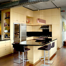 Modern Kitchen by Cravotta Interiors