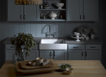 Very pretty, what is the Brand and style of the faucet?