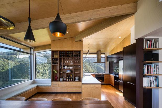 コンテンポラリー キッチン by Tse:Wallace Architects Ltd