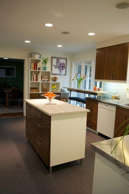 Contemporary Kitchen KOW