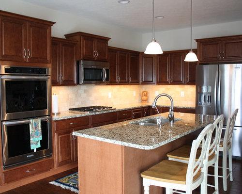 KraftMaid, Belmont, Maple, Chestnut - New Construction Kitchen
