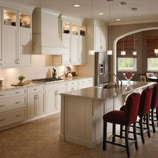 Traditional Kitchen by KraftMaid