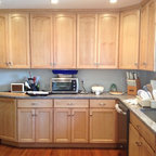 Natural Maple Kitchen - Traditional - Kitchen - Minneapolis - by Country Cabinets