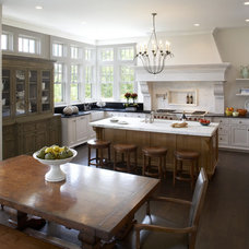 Traditional Kitchen by L. Cramer Designers + Builders