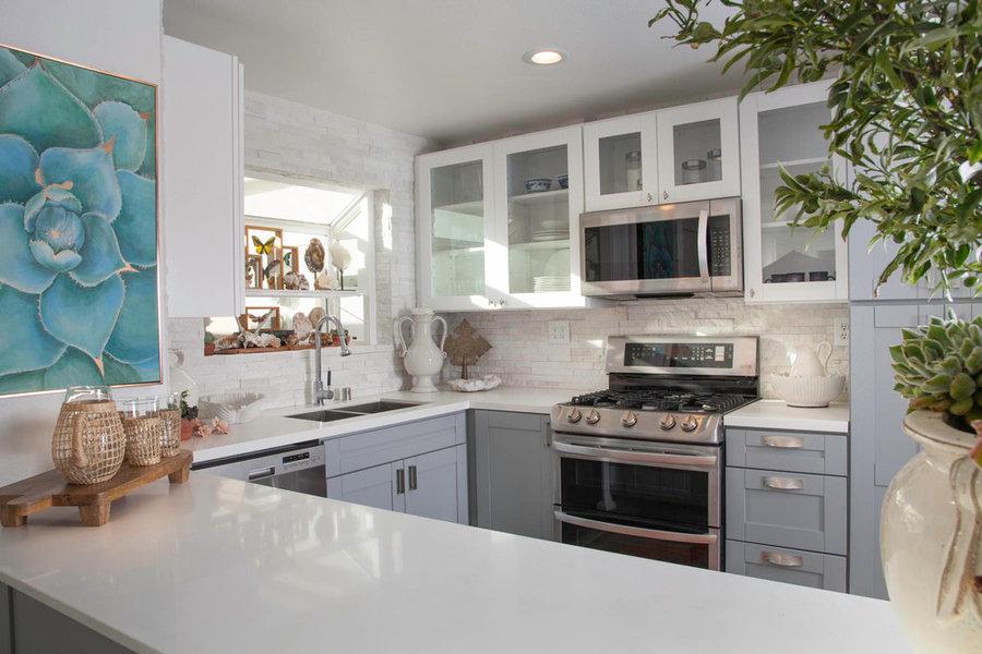 L U X E specialty | kitchens & baths