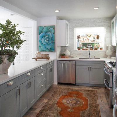 Modern Kitchen by Leanne Michael L U X E lifestyle design