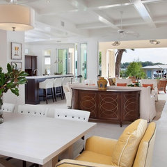 tropical kitchen by Phil Kean Designs