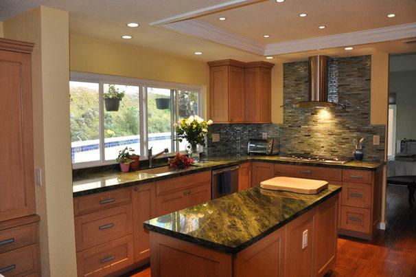 Contemporary Kitchen by Design Moe Kitchen & Bath / Heather Moe designer
