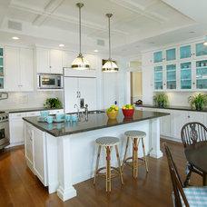 Traditional Kitchen by Steigerwald-Dougherty, Inc.