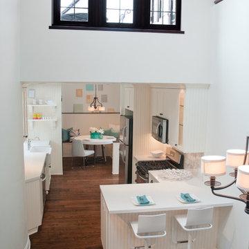La Jolla Residence: Kitchen