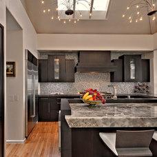 Contemporary Kitchen by Studio Stratton Inc