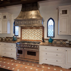 Mediterranean Kitchen by Troedsson Design and Planning