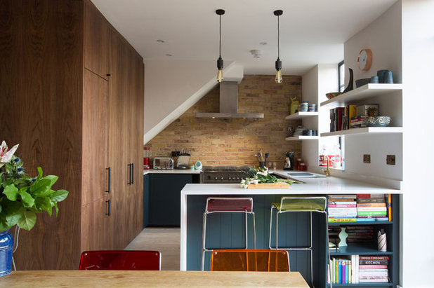 Eclectic Kitchen by Martins Camisuli Architects