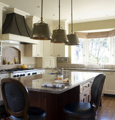 traditional kitchen by Jack Backus Architects