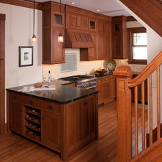 Craftsman Kitchen by Briggs Design Associates, Inc.