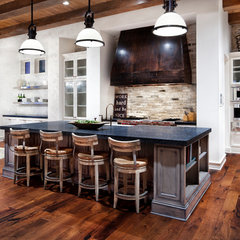 modern kitchen Lake Austin