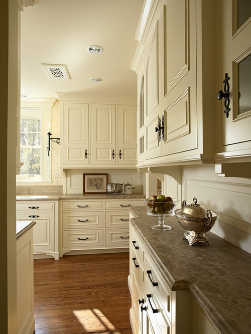Tudor style kitchen houzz for Tudor kitchen design