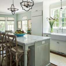 Traditional Kitchen by Renae Keller Interior Design, Inc.