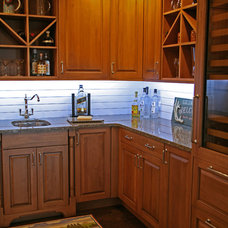 Traditional Kitchen by Interior Changes home design