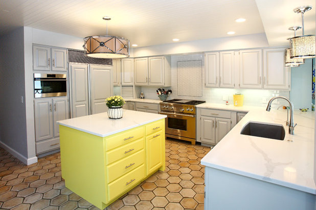 Fusion Kitchen by Hawks Hollow Builders