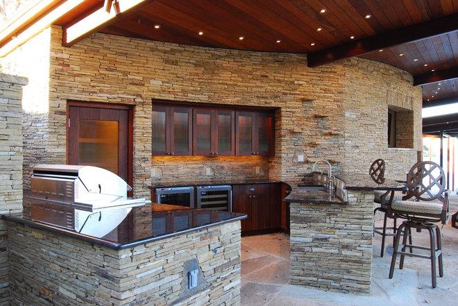 Contemporary Kitchen Lake LBJ Pool, Cabana & Boat House