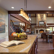Traditional Kitchen by Shiloh Painting Inc.