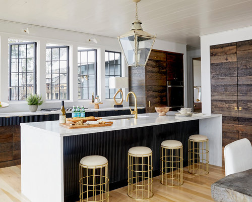 Beach Style Eat In Kitchen Photos   Example Of A Coastal L Shaped Medium Part 80