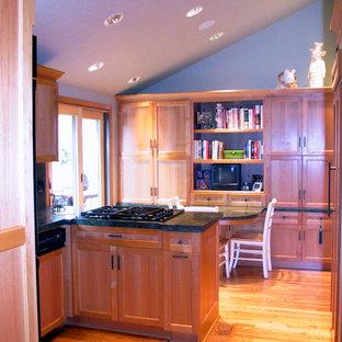 Lake Oswego Kitchen and Bar Remodel