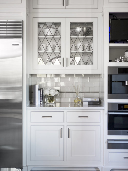 Eider white sw 7014 home design ideas pictures remodel for Southwest style kitchen cabinets
