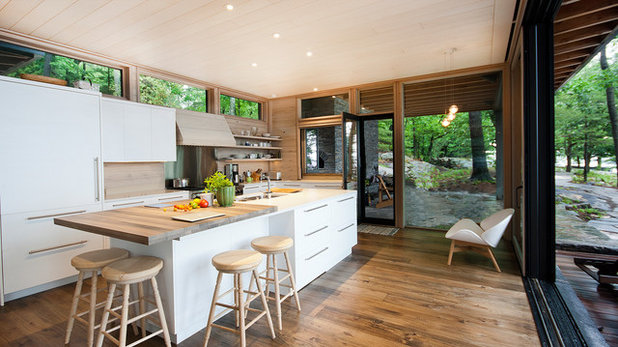 Rustic Kitchen by Dewson Architects