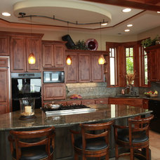 Craftsman Kitchen by PCS Design: Residential, Remodel, New Construction