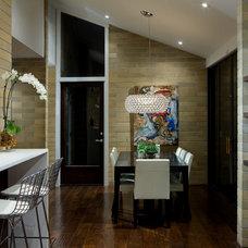 Modern Kitchen by Banda Design