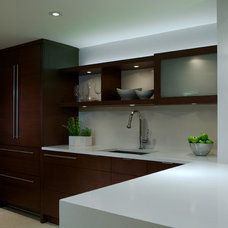 Modern Kitchen by Banda Design