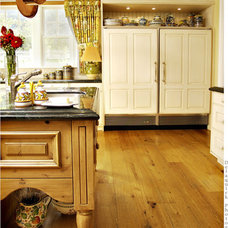 Traditional Kitchen by Haefele Design