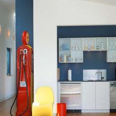 Modern  by Webber + Studio, Architects