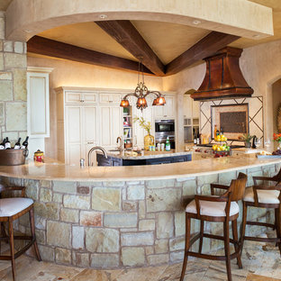 Lake Travis Modern Italian by Zbranek & Holt Custom Homes
