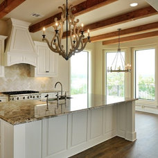 Contemporary Kitchen by SILVERTON CUSTOM HOMES