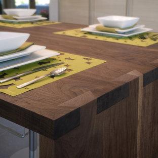 Inspiration for a modern kitchen remodel in Denver